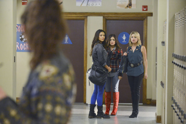 &quot;Pretty Little Liars&quot; -- &quot;What Becomes of the Broken-Hearted&quot; SHAY MITCHELL, LUCY HALE, ASHLEY BENSON