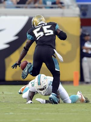 Tannehill sharp as Dolphins handle Jaguars 27-3