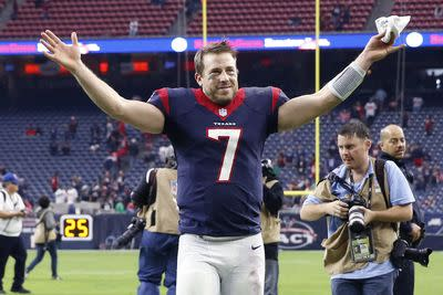 Arian Foster threatened to punch Case Keenum if he cried after win