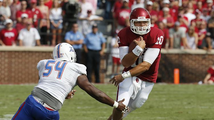 Oklahoma's Stoops says Bell will be QB vs Irish