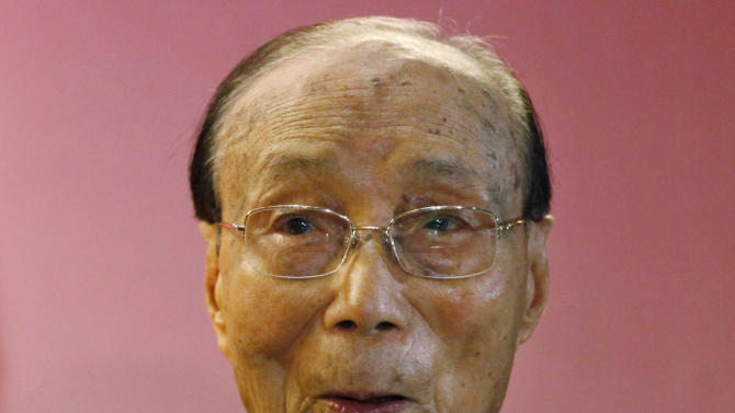 In this Tuesday, Sept, 28, 2010 photo, Hong Kong movie producer Run Run Shaw poses for a photograph during the Run Run Shaw prize presentation ceremony in Hong Kong. Pioneering Hong Kong movie producer Run Run Shaw has died at the age of 107. No cause of death was given in a statement from Television Broadcasts Limited (TVB), which Shaw helped found in 1967. (AP Photo/Kin Cheung)
