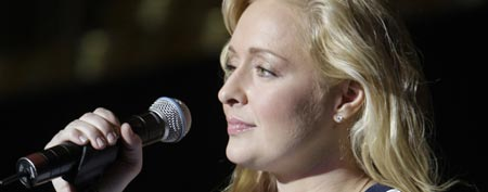 Country singer Mindy McCready performs at a Nashville Broncs basketball game Nov. 14, 2008, in Nashville, Tenn. (AP Photo/Mark Humphrey)
