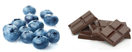 (L-R) Blueberries, chocolate (Thinkstock)
