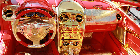 """Red Gold Dream"" Mercedes.  (Ueli Aniker)"