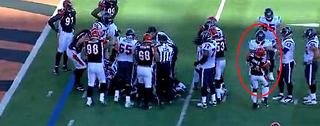 Bengals and Texans scuffle during their game on Sunday, Dec. 11, 2011. (Screen grab courtesy of NFL.com)