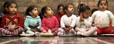 Young girls in India (ABC News)