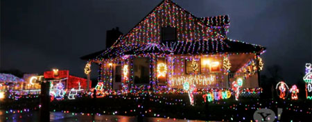 Chuck Smith's holiday lights display (Second Act on Yahoo!)