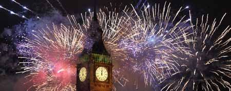 Fireworks light up the London skyline and Big Ben just after midnight on January 1, 2012 in London, England. Thousands of people lined the banks of the River Thames in central London to ring in the New Year with a spectacular fireworks display. (Photo by Dan Kitwood/Getty Images)