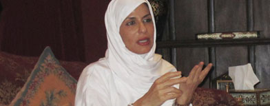 أميرة سعودية تدعو للتغيير مع احترام آل سعود princess_basma.jpg