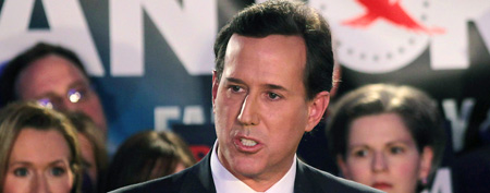 Republican presidential hopeful and former U.S. Sen. Rick Santorum addresses a crowd at the Stoney Creek Inn on January 3, 2012 in Johnston, Iowa. (Photo by Andrew Burton/Getty Images)