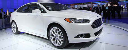 Ford Fusion (via Yahoo! Autos)