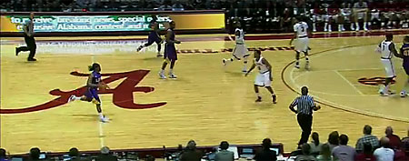 Alabama-LSU basketball game (screen grab courtesy of Yahoo! Sports Blogs)
