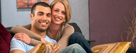 Smiling couple (ThinkStock)