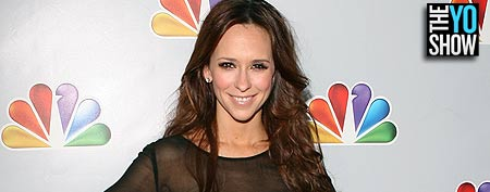 Jennifer Love Hewitt attends Betty White's 90th Birthday: 'A Tribute To America's Golden Girl' at the Millennium Biltmore Hotel on January 8, 2012 in Los Angeles, California. (Jesse Grant/WireImage)
