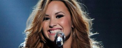 Demi Lovato's dad reportedly passes away