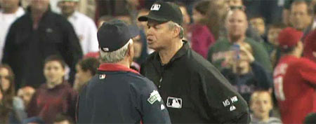 Bobby Valentine argues with Gary Darling (Y! Sports screengrab)