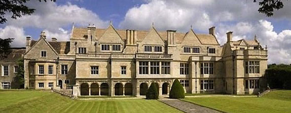 Apethorpe Hall -- 48 rooms and no bathroom. (English Heritage)