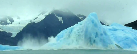 Footage of the Upsala Glacier in Argentina. (Yahoo! News)