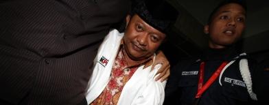 Bupati Buol di KPK (Foto: Antara/M Agung Rajasa)