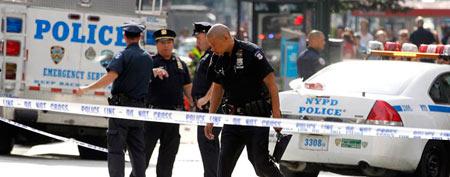 Multiple people shot outside NYC landmark (Reuters)