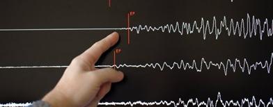 Five dead after quake jolts Solomons
