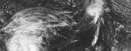 Monster storm menaces East Coast (AP/NOAA)
