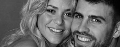 Pique shows off Shakira's baby bump