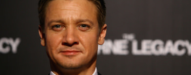 Renner 'delighted to become a dad'