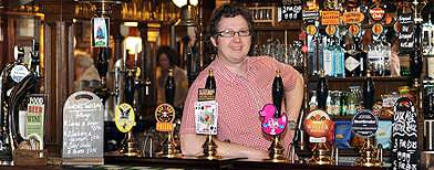 'Traditional boozer' wins best pub award