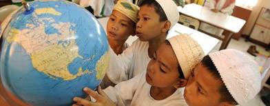 Chinese-made globes claim PH territories