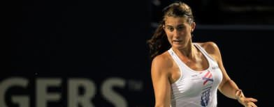Tennis player bullied online, quits