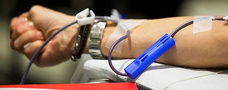Payment for blood donors comes to Canada