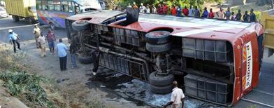 Britons in coach crash in Kenya