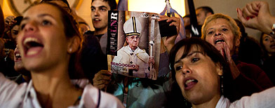 Jubilant Argentines celebrate new pope