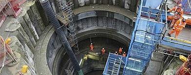 Rail dig finds 'Black Death' pit