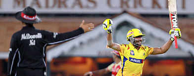 Chennai steal last-gasp win over RCB