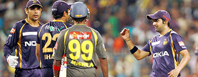 Kolkata crush Hyderabad at home