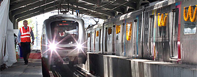 Mumbai begins tryst with Metro