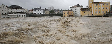 Ten dead as floods swamp central Europe