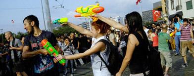 Water fights in embattled Turkey