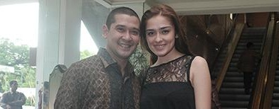 Abi Yapto dan Yasmine Wildblood (Tabloid Bintang)