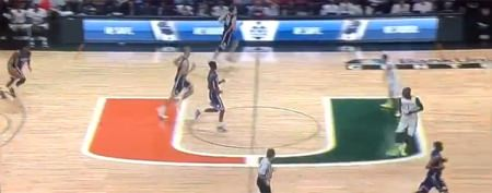 Hoops team clobbers, then mocks  Duke