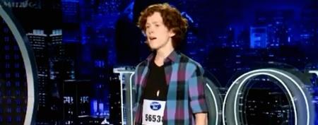 Socially awkward teen sure can sing