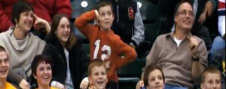 Dancing kid steals the show at NBA game