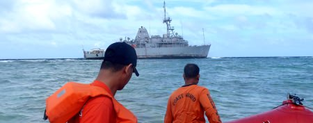 Stuck Navy ship faces drastic last resort