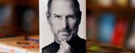 Kutcher re-creates Jobs's favorite photo