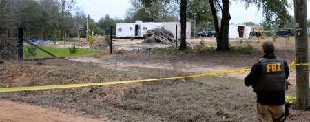 FBI: Bombs found in Ala. hostage bunker