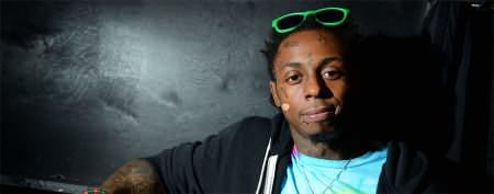 Rapper Lil Wayne hospitalized after seizure