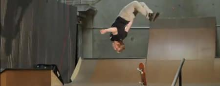Skateboarder's ridiculous two-board move