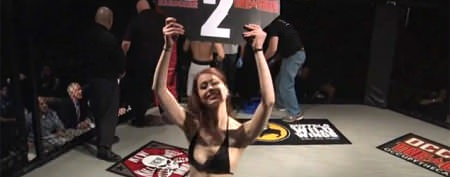 Ring card girl makes a baffling move
